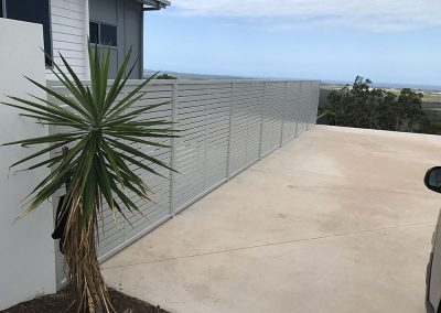 aluminium-screens-and-fencing-01