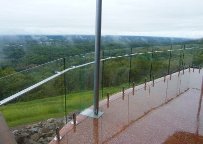 fully-frameless-glass-balustrade-01