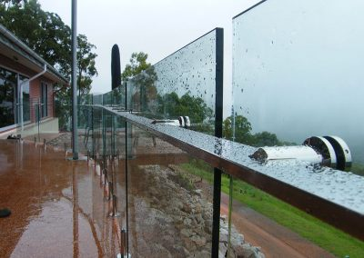fully-frameless-glass-balustrade-03