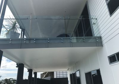 fully-frameless-glass-balustrade-07