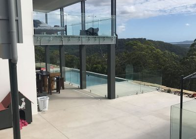 fully-frameless-glass-balustrade-08