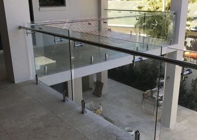 fully-frameless-glass-balustrade-09