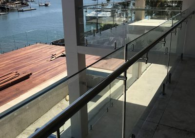 fully-frameless-glass-balustrade-10