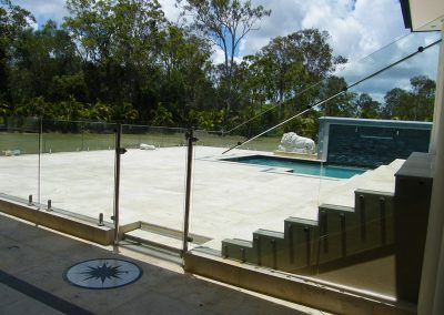 fully-frameless-glass-pool-fencing-05