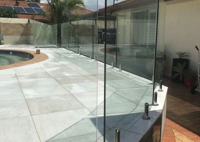 fully-frameless-glass-pool-fencing-23