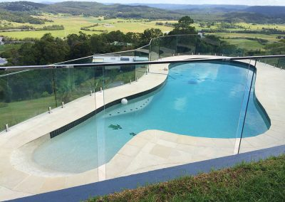 fully-frameless-glass-pool-fencing-30
