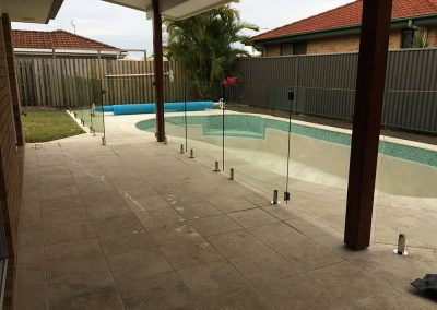 fully-frameless-glass-pool-fencing-34
