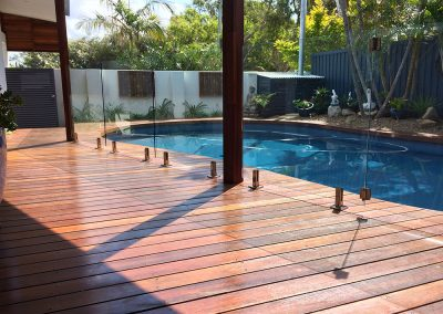 fully-frameless-glass-pool-fencing-37