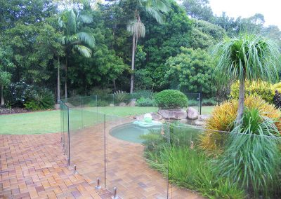 fully-frameless-glass-pool-fencing-41