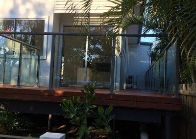 semi-frameless-glass-balustrade-06
